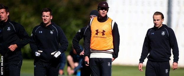 Kevin Pietersen and Surrey team-mates