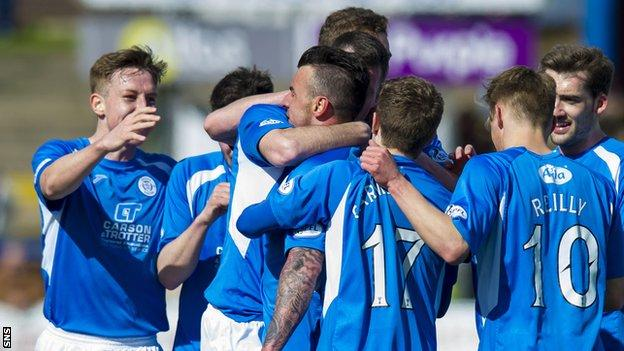 Queen of the South defeated Falkirk 1-0 to all but assure themselves of a play-off spot