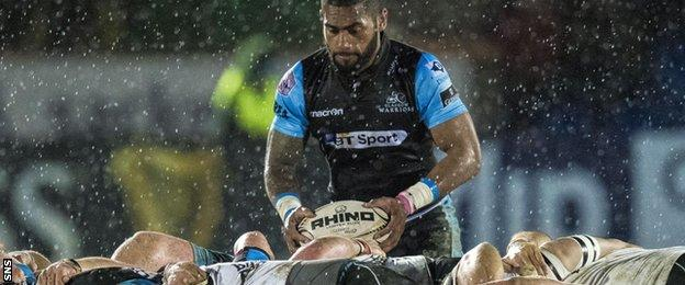 Niko Matawalu in action for Glasgow Warriors in the Pro 12