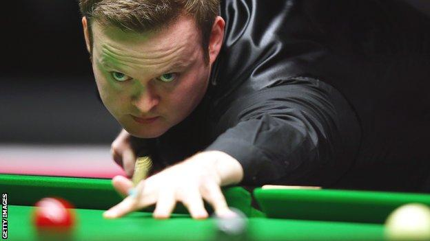 Shaun Murphy lines up a pot during this year's Masters