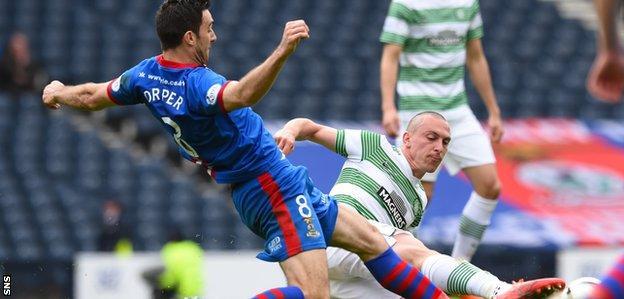 Ross Draper tackles Celtic's Scott Brown
