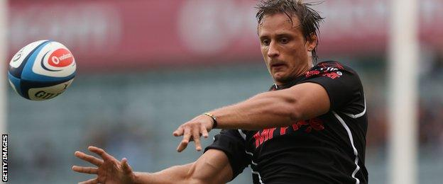 Anton Bresler takes a lineout ball for the Sharks