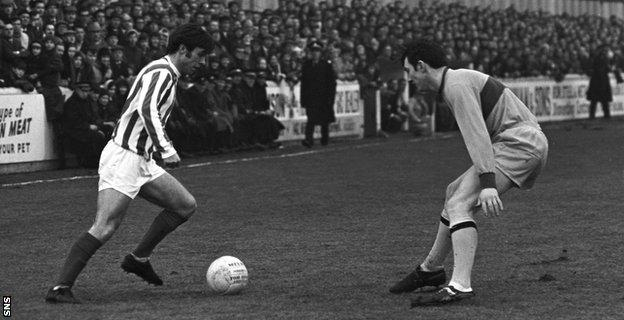 Tommy McLean (left) in action for Kilmarnock
