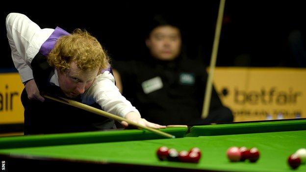 Anthony McGill is through to the quarter finals of the World Championships in Sheffield