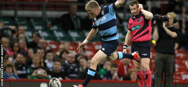 Gareth Anscombe's boot had given Cardiff Blues an early 9-0 lead