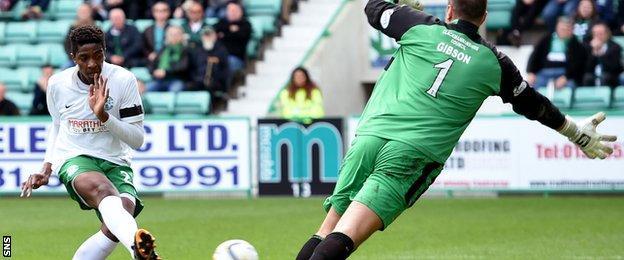 Dominique Malonga scores for Hibernian against Alloa Athletic