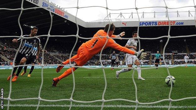 Jack Cork scores for Newcastle
