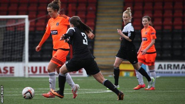 Suzanne Lappin in action in her final game for Glasgow City