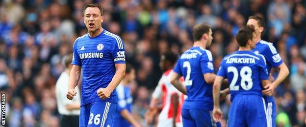 Chelsea captain John Terry and players celebrate