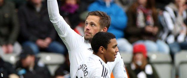 Gylfi Sigurdsson celebrates his goal against Newcastle
