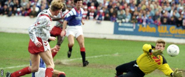 Calum Mallace's boyhood heroes Airdrie faced Rangers in the 1992 Scottish Cup final