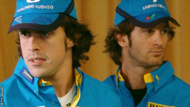Fernando Alonso (left) and Jarno Trulli