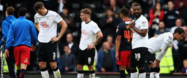 Derby County players after the loss against Reading