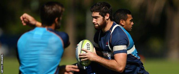 Greg Peterson in training with the Waratahs