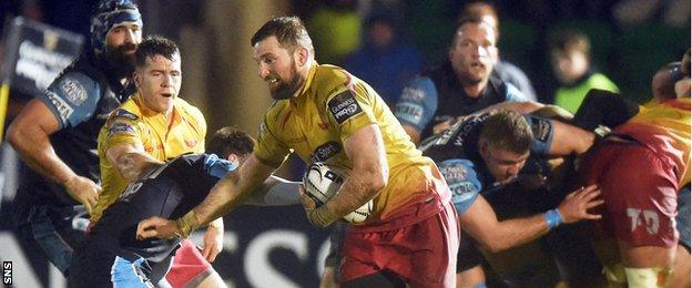 John Barclay in action for the Scarlets against the Warriors earlier this season