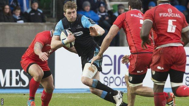 Richie Vernon in action for Glasgow Warriors against Toulouse