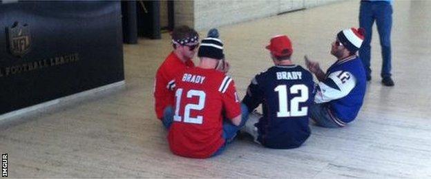 Four Tom Brady fans handcuffed at NFL HQ