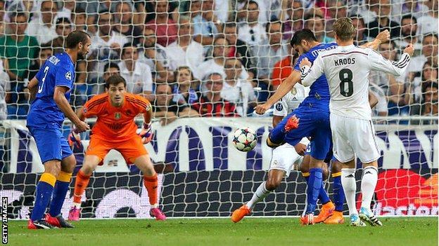 Alvaro Morato scores against his former club Real Madrid