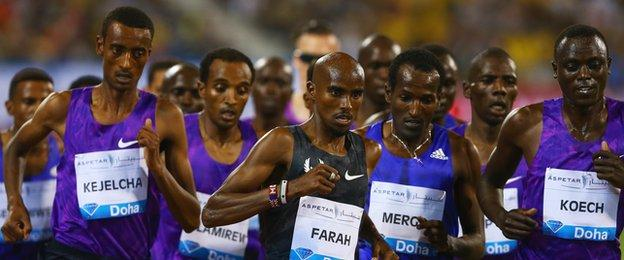 Mo Farah of Great Britain (centre) competes in the Men's 3000m