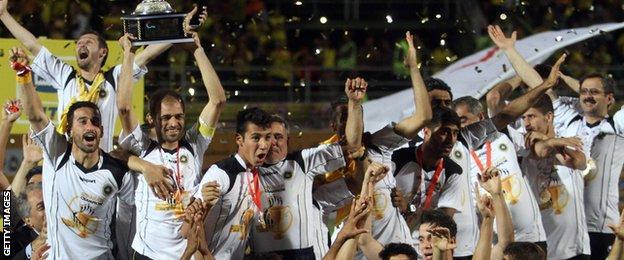 Sepahan celebrate