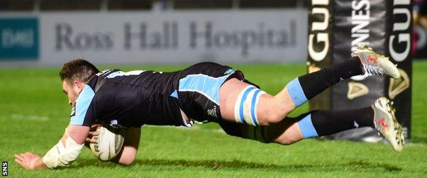 Adam Ashe touches down for Glasgow Warriors against Cardiff Blues