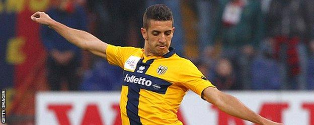 Zouhair Feddal in action for Parma