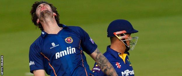 Reece Topley shows his frustration against Glamorgan