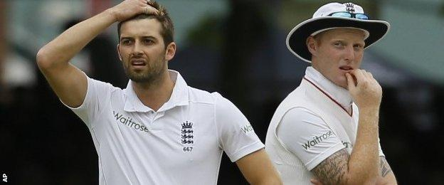 Mark Wood and Ben Stokes react to the review decision