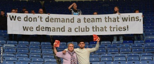Newcastle supporters protest against owner Mike Ashley
