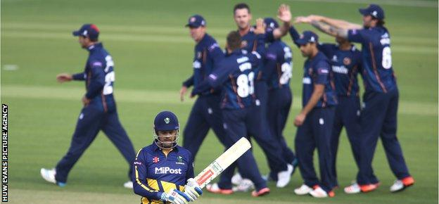 Essex players celebrate the wicket of Jacques Rudolph during Glamorgan's T20 Blast defeat