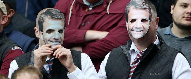 Tim Sherwood masks at Aston Villa