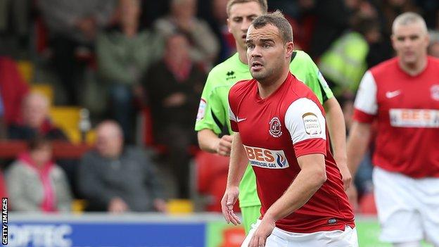Lee Fowler in action for Fleetwood Town