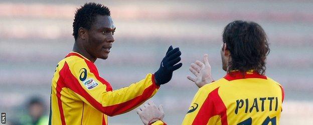Edward Ofere celebrates scoring for Lecce