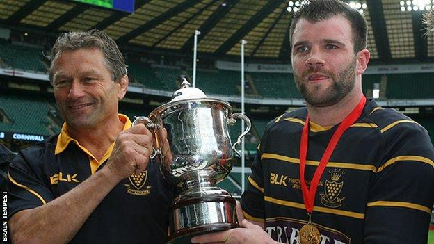 Graham Dawe and Kyle Marriott with the Bill Beaumont Cup