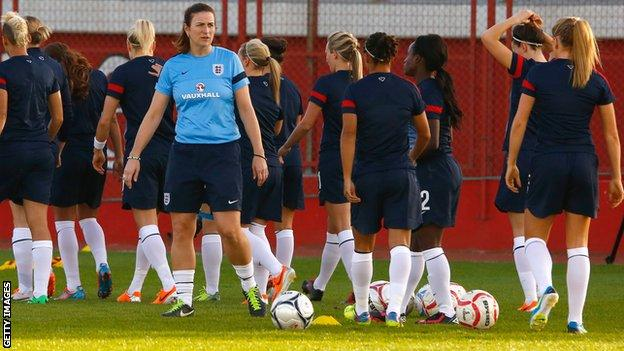 Marieanne Spacey and the England Women's squad