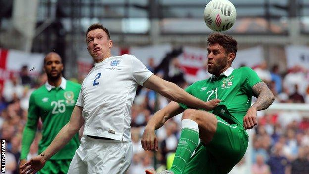 Republic of Ireland warmed up for their match with Scotland with a 0-0 draw against England