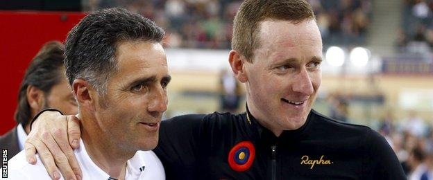Miguel Indurain with Bradley Wiggins