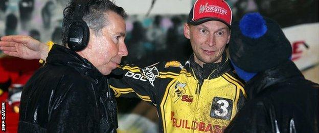 Coventry manager Gary Havelock (left) and experienced Finnish rider Joonas Kylmakorpi complained on the night to Peter Clarke, the pits steward at Brandon.
