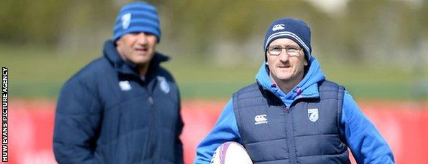 Dale McIntosh (L) and Paul John (R) played and coached together at Pontypridd before joining Cardiff Blues
