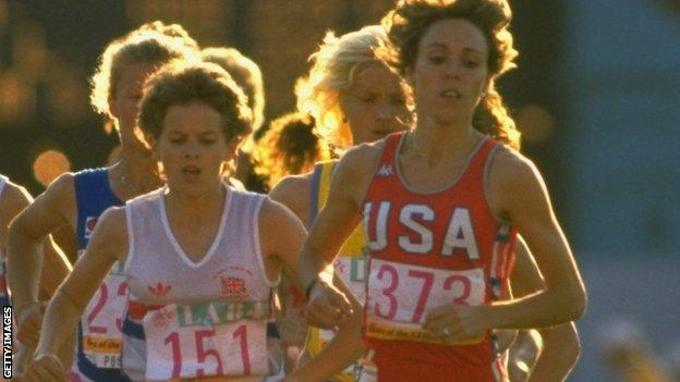 Mary Slaney and Zola Budd during the 3,000m final at the 1984 Olympics in Los Angeles