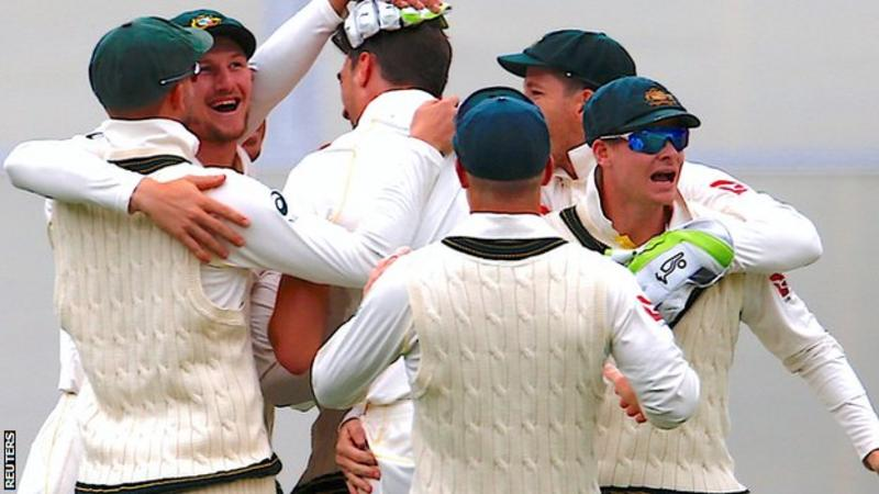 Michael Slater goes berserk after Nathan Lyon takes a one-handed stunner