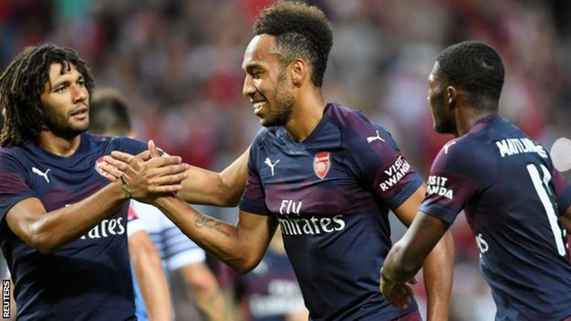 Pierre-Emerick Aubameyang (centre) celebrates scoring for Arsenal
