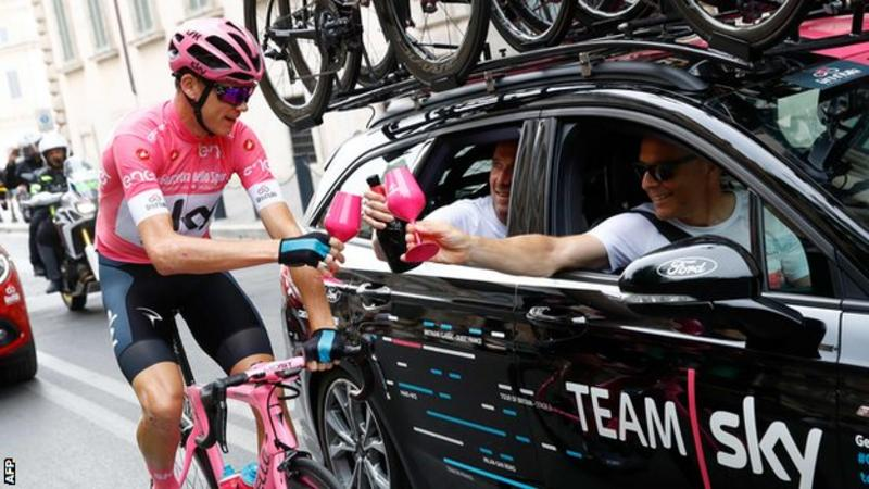 Chris Froome, Sir David Brailsford in Giro 2018