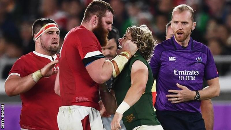 Faf de Klerk squares up to Wales Jake Ball