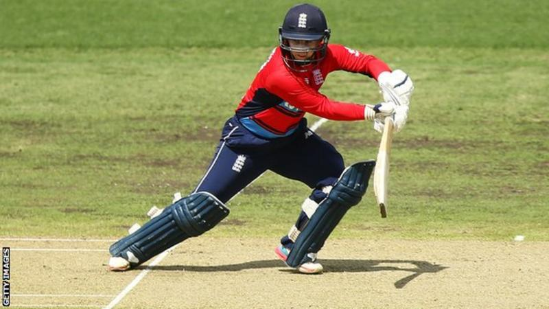 england-women-impress-in-comfortable-eight-wicket-win-over-australia