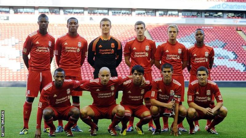 A Liverpool under-19 side from 2011 including Toni Silva (bottom row left)