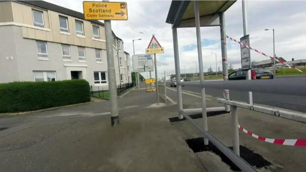 New bus stop built in a cycle lane