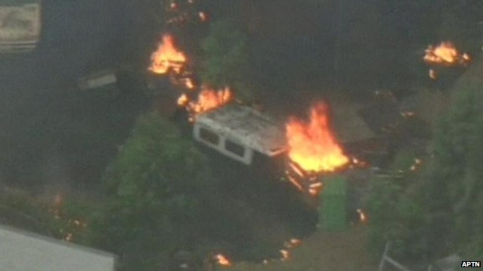 Bushfires blaze near Melbourne, Australia