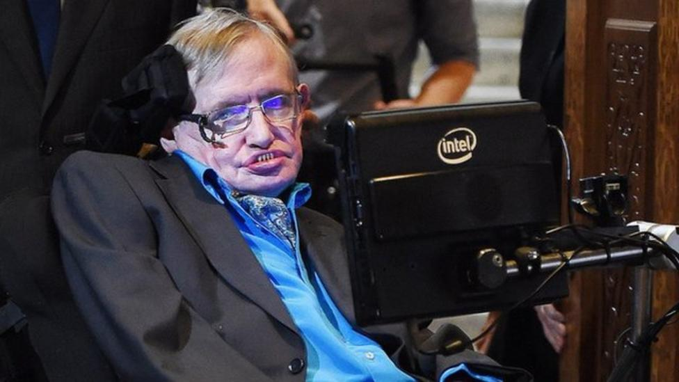 Hawking launches new search for aliens