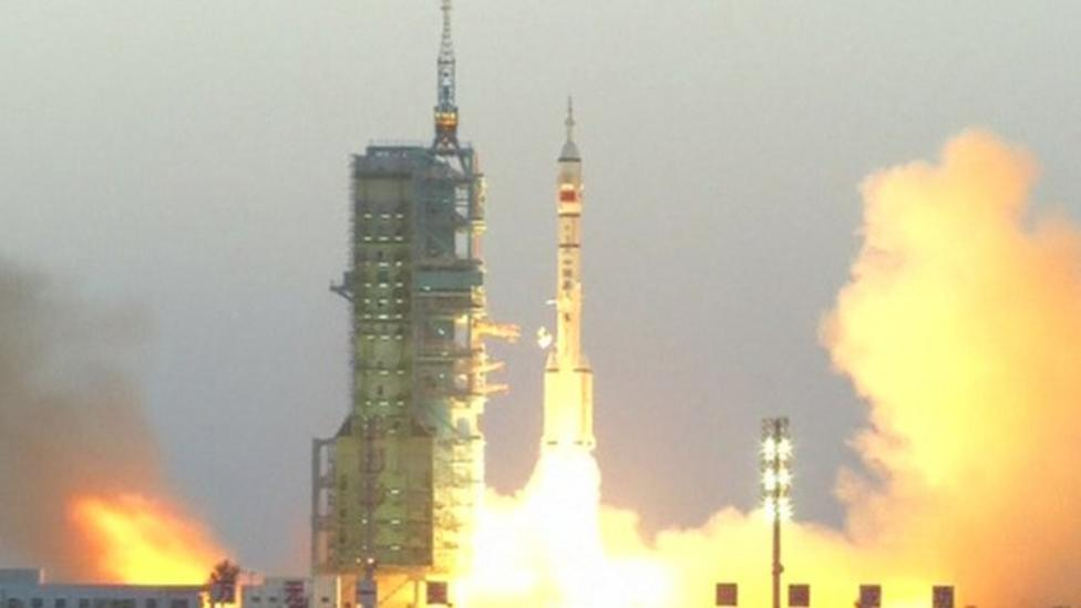 China launches astronauts on science mission